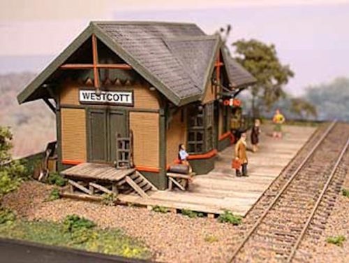 I liked the look of this end door for freight on the little model I saw, so....
