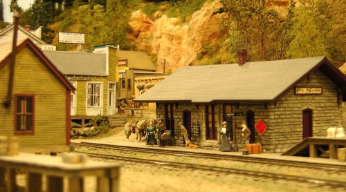 Paul has scratch-built or kit-bashed almost all of his structures, as I intend to do on my layout.