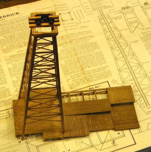 The tower including the upper sheaves, in place on the base platform.