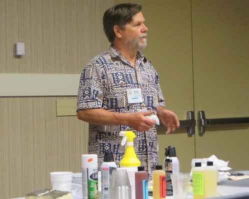 I didn't take pictures in every clinic I attended , but this is Joel Bragdon of Bragdon Enterprises